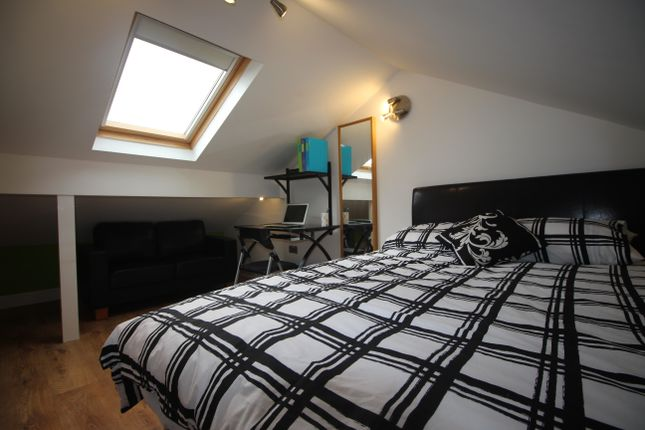 Thumbnail 6 bed shared accommodation to rent in Braemar Road, Manchester