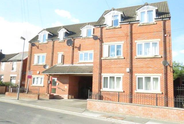 2 bed flat for sale in Post Office Road, Featherstone, Pontefract, West Yorkshire WF7
