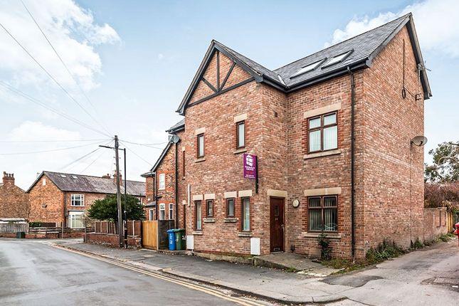 Thumbnail Semi-detached house to rent in Devonshire Road, Broadheath, Altrincham