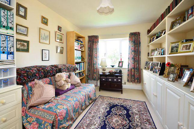 Property Sold Prices On Queen Elizabeth Park Guildford Surrey