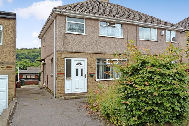 Thumbnail Semi-detached house to rent in Meadow Crescent, Halifax