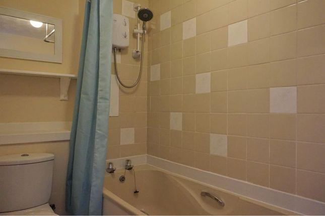 Bathroom of Loons Road, Dundee DD3