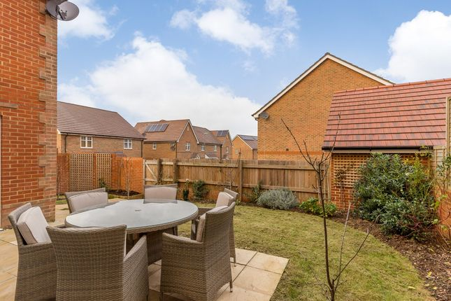 Property To Rent Clanfield Hampshire