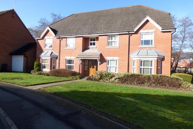 Thumbnail Flat for sale in Rosedale Close, Redditch
