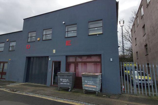 Thumbnail Industrial to let in Units D & E Central Estate, Albert Road, Aldershot