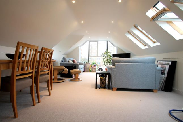 Thumbnail Flat to rent in Bath Road, Worthing