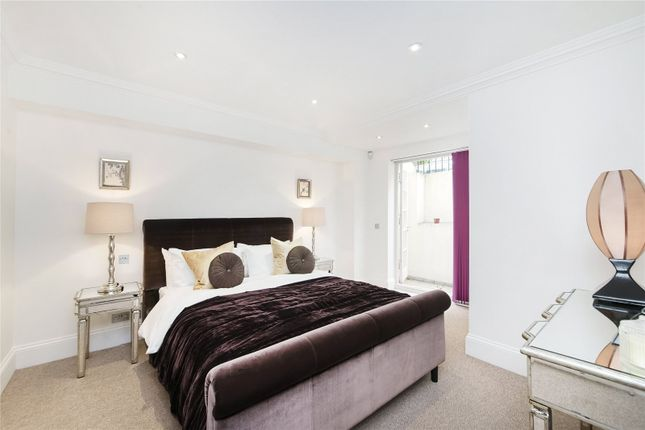 Master Bedroom of Rutland Gate, Knightsbridge, London SW7
