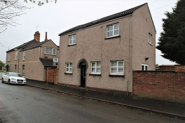 Thumbnail Detached house to rent in Jubilee Street, Rugby