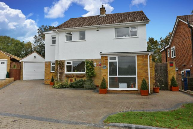 Thumbnail Detached house for sale in Wentworth Close, Farnborough, Orpington