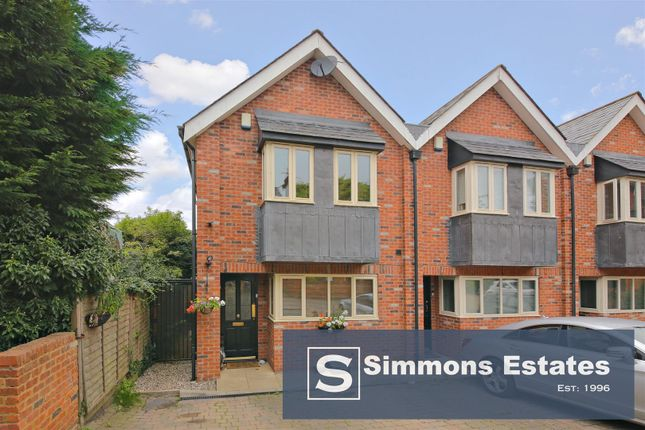 3 bed semi-detached house for sale in New Road, Elstree, Borehamwood