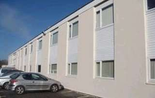 Serviced office to let in Station Approach, St Austell