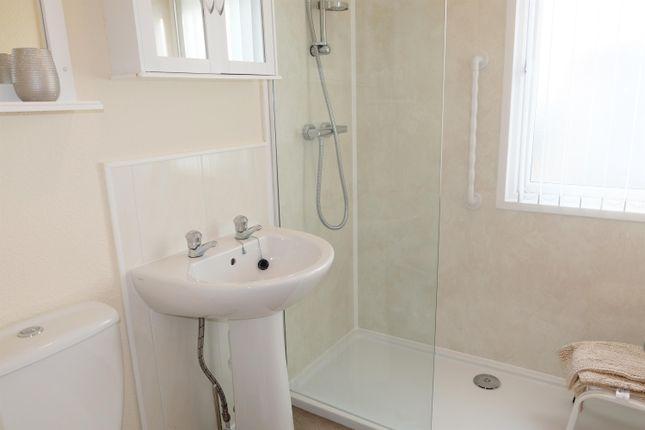 Shower Room of Greenacres Park, Spislby Road, Horncastle LN9