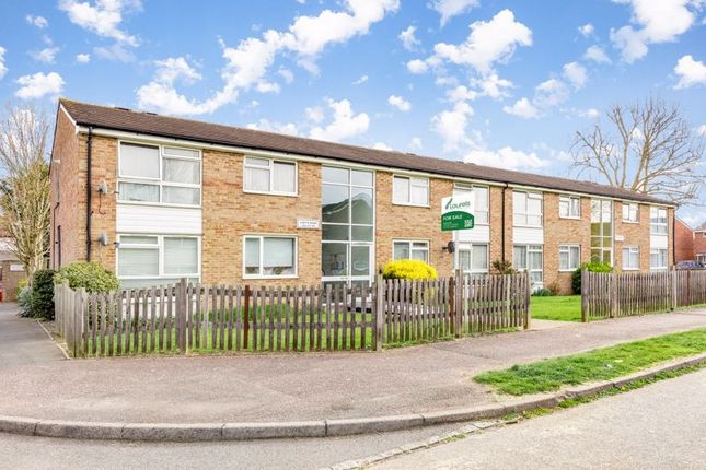 1 bed flat for sale in Curtis Road, Ewell, Epsom KT19