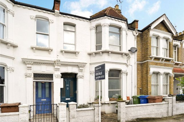 2 bed flat for sale in Ivydale Road, Nunhead, London