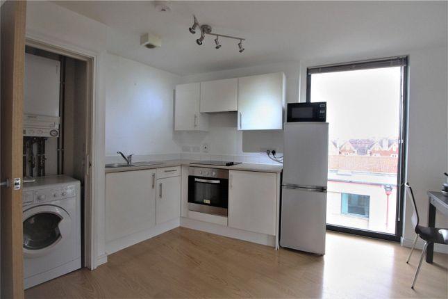 Thumbnail Flat to rent in Jacob Street, Verdigris, Bristol