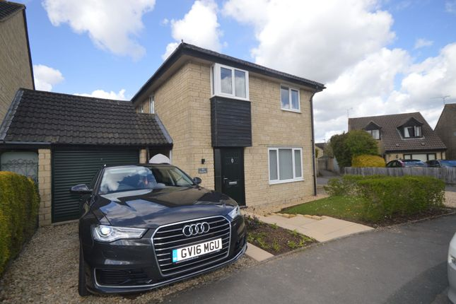 4 bed detached house to rent in Pheasant Way, Cirencester GL7