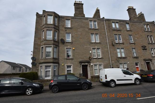 Thumbnail Flat to rent in 327 T/R Clepington Road, Dundee