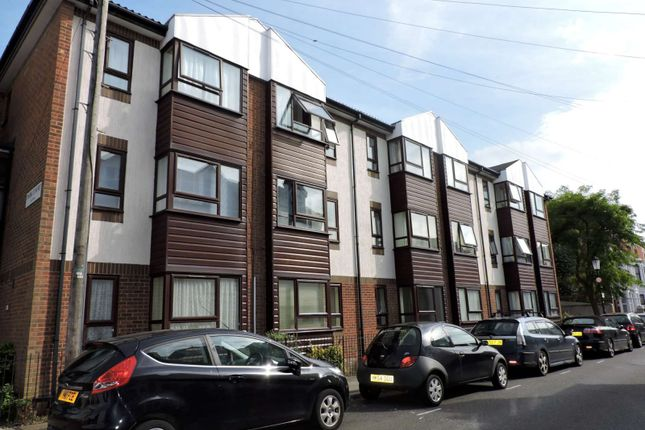 Thumbnail Flat to rent in Park Court, Castle Road, Southsea
