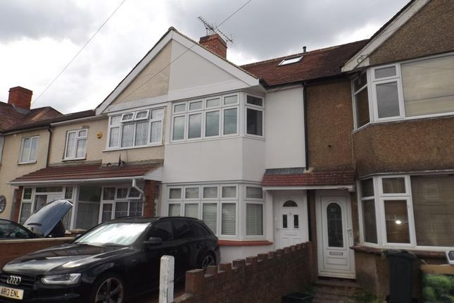 Thumbnail Terraced house to rent in Fernside Avenue, Feltham