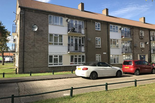 Thumbnail Flat for sale in Ordnance Road, Enfield