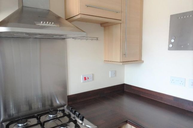 Waltheof Road 5 Fitted Kitchen (2)