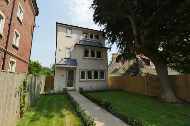 Thumbnail Town house for sale in 28 Dane Road, St. Leonards-On-Sea