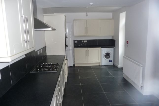Thumbnail Property to rent in Westcotes Drive, West End Villas, Close To Dmu