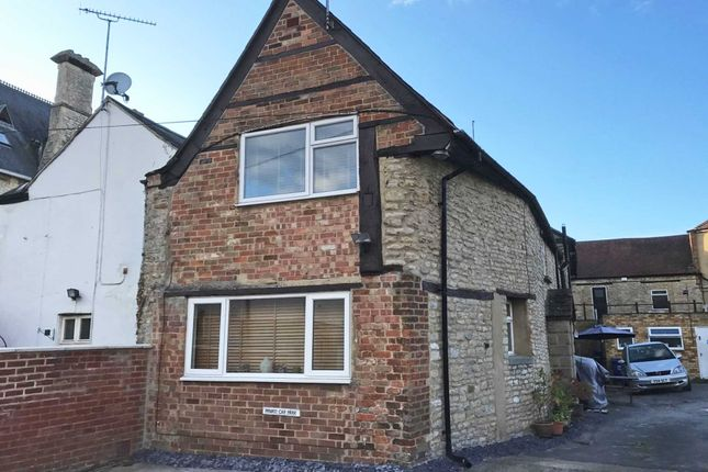 2 bed semi-detached house for sale in Sheep Street, Bicester