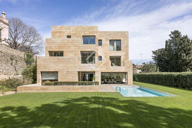 Thumbnail Villa for sale in Spain, Barcelona, Barcelona City, Pedralbes, Bcn9752