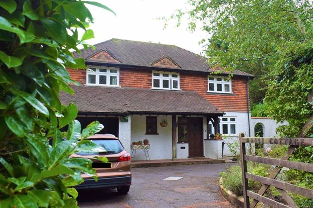 Thumbnail Property for sale in Four Bedroom House, Upper Woodcote Village, Purley