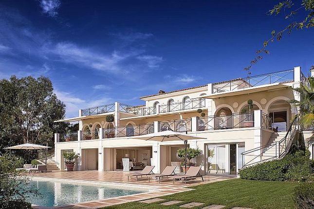 Thumbnail Villa for sale in 9 Bedroom Villa, Cannes, Provence-Alpes-Cote D'azur, France