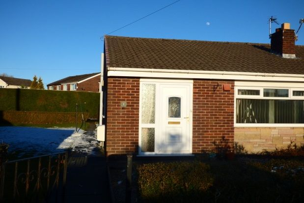 Thumbnail Bungalow to rent in Albrighton Close, Lostock Hall, Preston