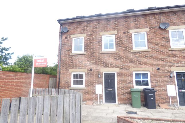 Thumbnail Town house to rent in Rothesay Mews, Bedlington