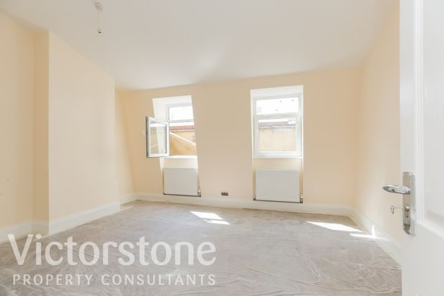 Thumbnail Terraced house to rent in Lyal Road, London