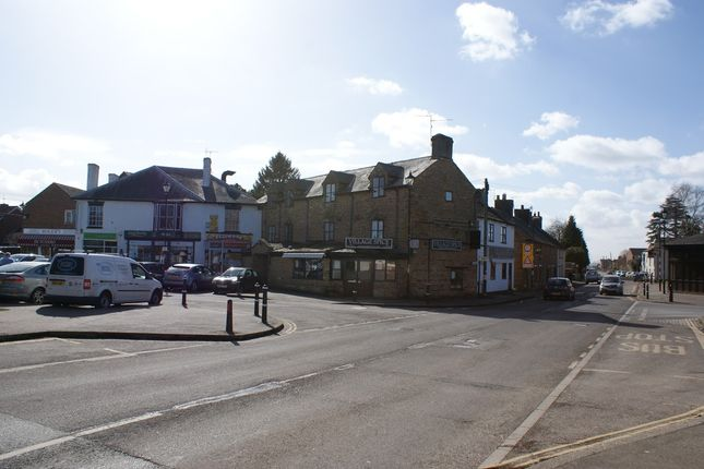 Long Buckby Market Square