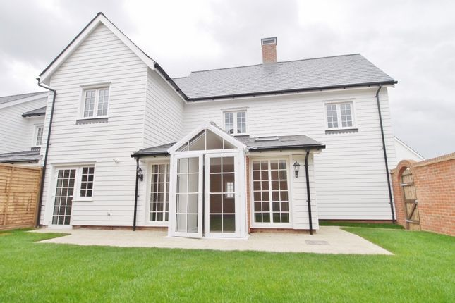 Thumbnail Detached house to rent in Churchill Way, Wickhurst Green, Broadbridge Heath, Horsham