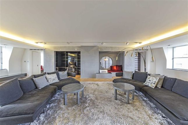 Thumbnail Flat to rent in Luxborough Street, London