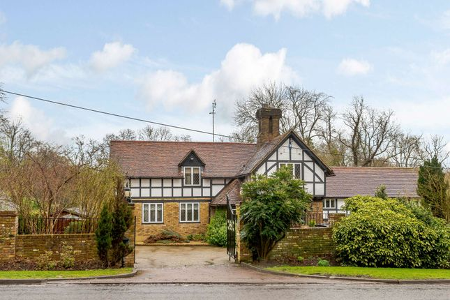Thumbnail Detached house for sale in The Ridgeway, Cuffley, Potters Bar