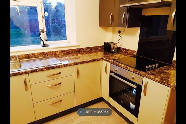 3 bed semi-detached house to rent in Western Boulevard, Nottingham