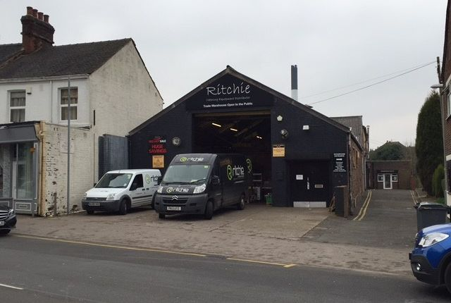 Thumbnail Light industrial for sale in 315 Hartshill Road, Hartshill, Stoke-On-Trent, Staffordshire