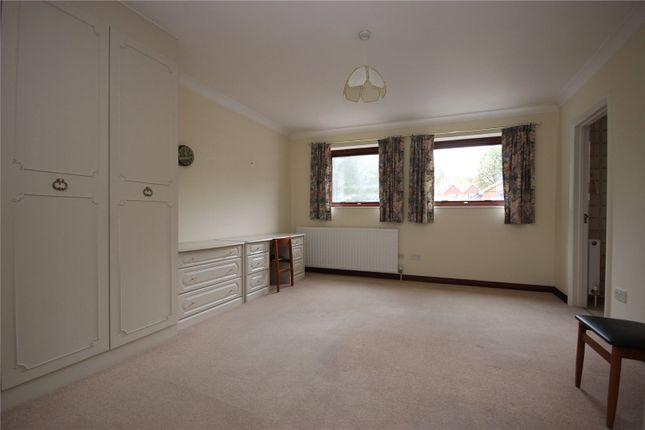 Picture No. 06 of Tanglewood, Townsend Lane, Harpenden, Hertfordshire AL5