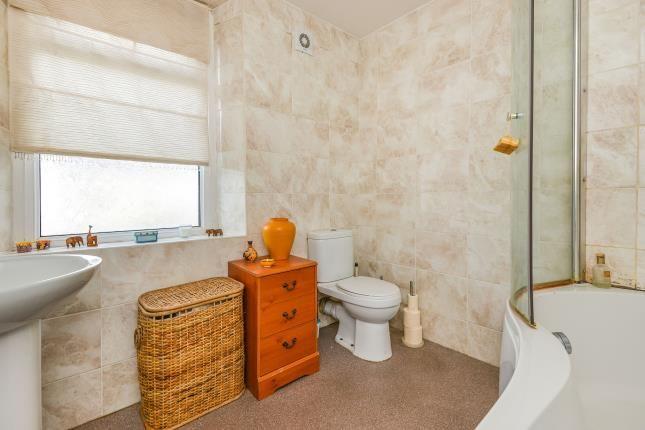 Bathroom of Pinfold Lane, Lancaster, Lancashire LA1