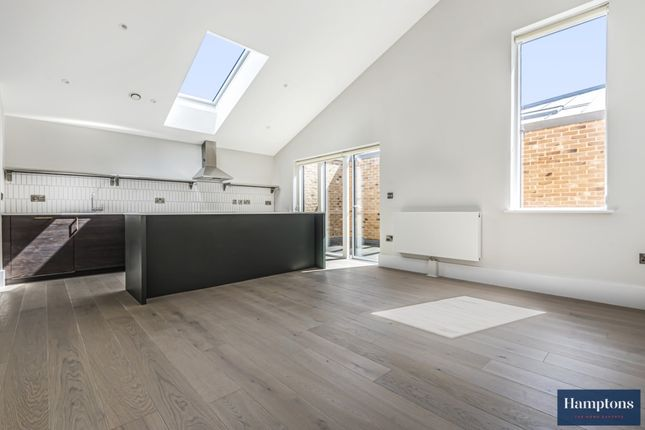 Thumbnail Mews house to rent in 714 London Road, Hounslow