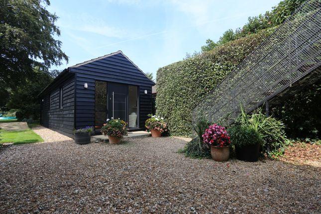 Thumbnail Cottage to rent in School Lane, Hamble, Southampton