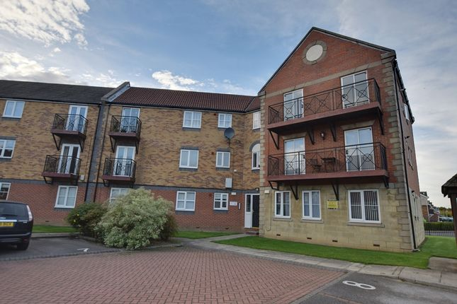Thumbnail Flat for sale in Lancelot Court, Hull, East Riding Of Yorkshire