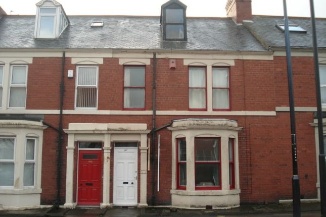 Thumbnail Terraced house to rent in Osborne Road, Newcastle Upon Tyne