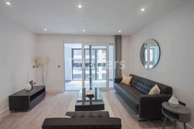 Thumbnail Flat to rent in Aldgate Place, Aldgate