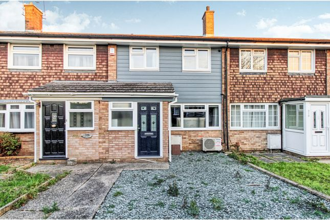 Thumbnail Terraced house for sale in Linnet Drive, Essex