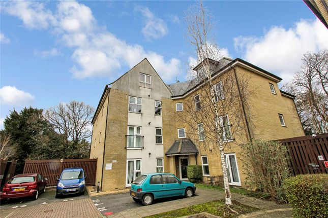 1 bed flat for sale in Lindoe Close, Southampton SO15