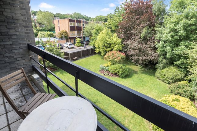 Thumbnail Flat for sale in Coolhurst Road, Crouch End, London
